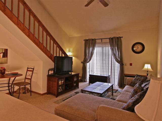 Franklin Fairway Meadows 1 Bedroom Loft 84013